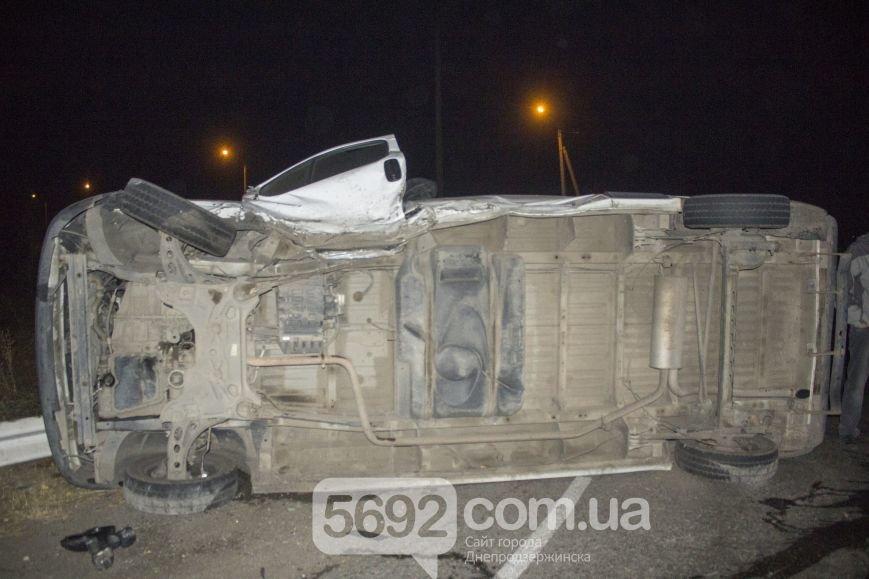 В ДТП на трассе под Днепродзержинском пострадало 2 человека (фото) - фото 7