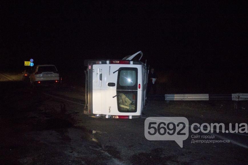 В ДТП на трассе под Днепродзержинском пострадало 2 человека (фото) - фото 6