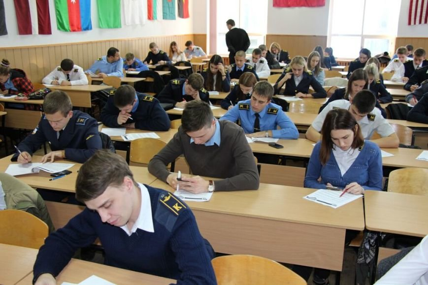 Будущие авиаторы из Кировограда показали свои знания в первом этапе конкурса «Авиатор-2016» (фото) - фото 2