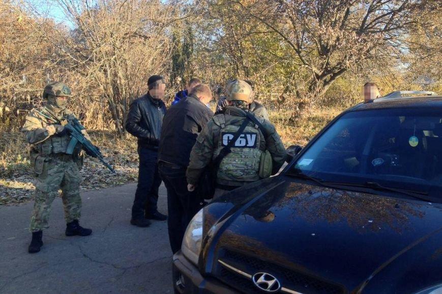 Гранаты и патроны из зоны АТО распродавали в Чернигове (фото) - фото 1