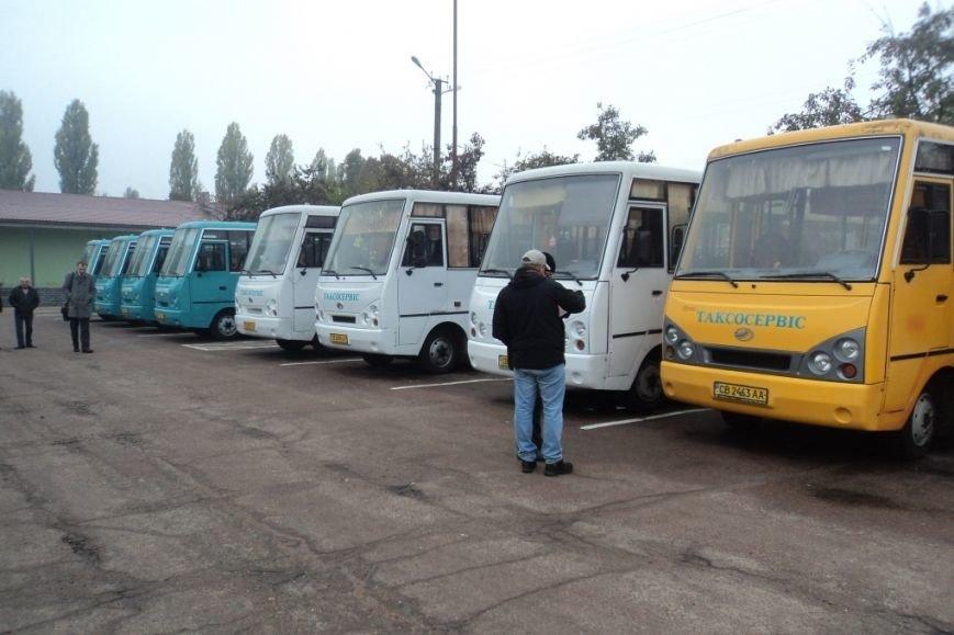 Четыре автобусных маршрута в Чернигове получили хозяев. «Десятка» опять осталась не нужной (фото) - фото 1