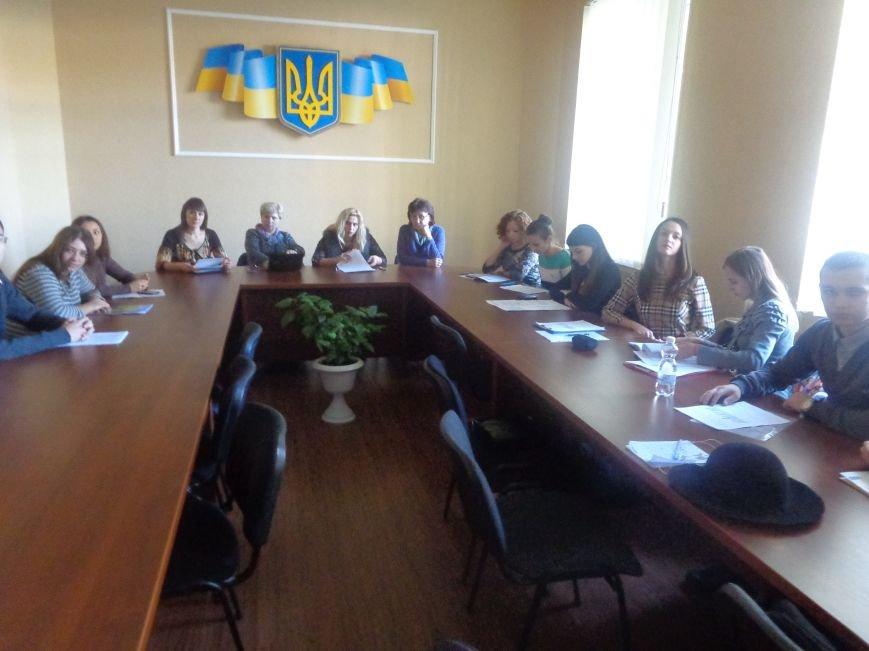 В ДонНТУ Красноармейска состоялся круглый стол по вопросам развития и регулирования малого бизнеса (фото) - фото 1