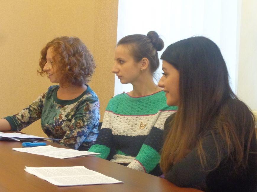 В ДонНТУ Красноармейска состоялся круглый стол по вопросам развития и регулирования малого бизнеса (фото) - фото 4