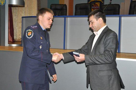 В Полтаві 36 правоохоронців отримали посвідчення учасників бойових дій (фото) - фото 3