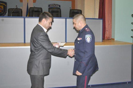 В Полтаві 36 правоохоронців отримали посвідчення учасників бойових дій (фото) - фото 1