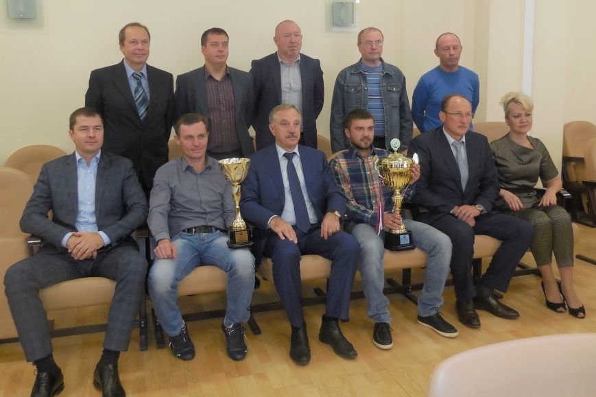 Перспективы  развития футбола в районе обсудили  в Люберцах (фото) - фото 1