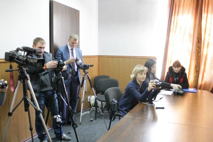 Новый мэр Доброполья Андрей Аксенов дал пресс-конференцию (ВИДЕО), фото-2