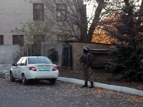 В Димитрове правоохранители и военные объединились на учениях (фото) - фото 5