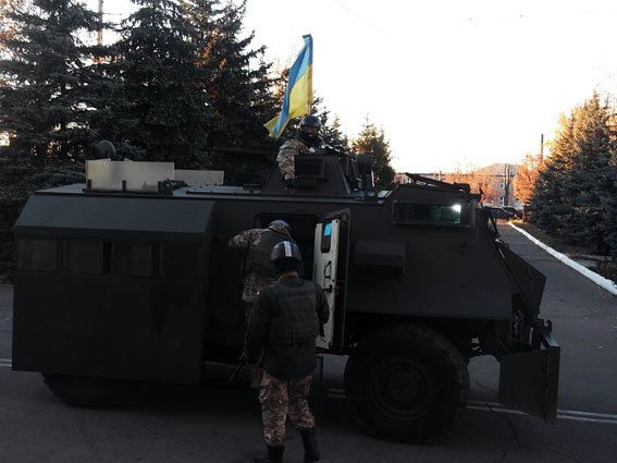 В Димитрове правоохранители и военные объединились на учениях (фото) - фото 4