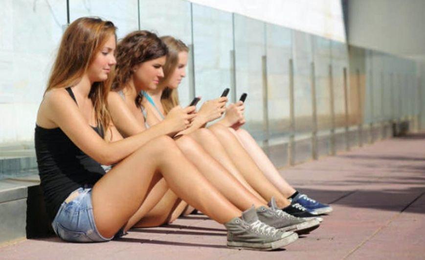 Эксперимент. Зависимость от социальных сетей, или Как я жила без Него?, фото-1
