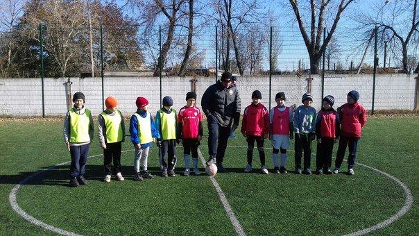 В Авдеевке закончились соревнования по мини-футболу между юными спортсменами 3-6 классов. Ждем оглашения результатов (ФОТО), фото-1