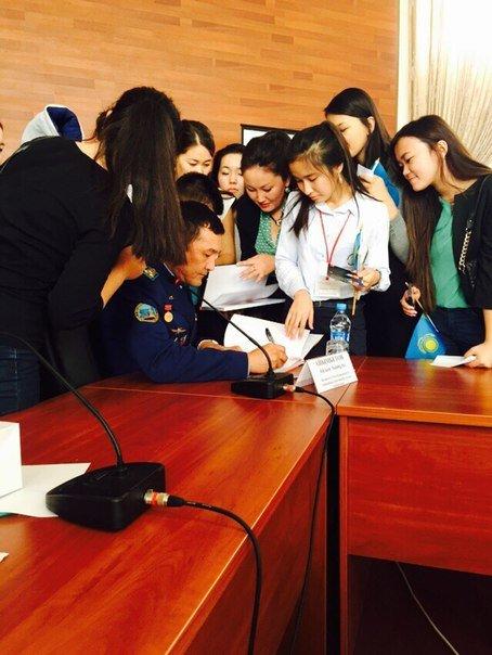 Встреча студентов с косманавтом (фото) (фото) - фото 1