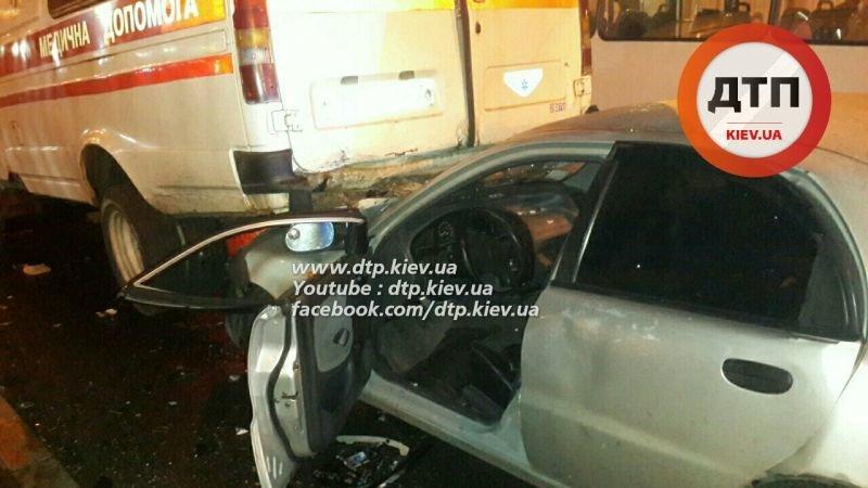 На Перова столкнулись 6 автомобилей, есть пострадавшие (ФОТО, ВИДЕО), фото-4