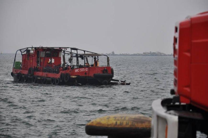 В одесском порту боролись с условной техногенной катастрофой (ФОТО) (фото) - фото 2