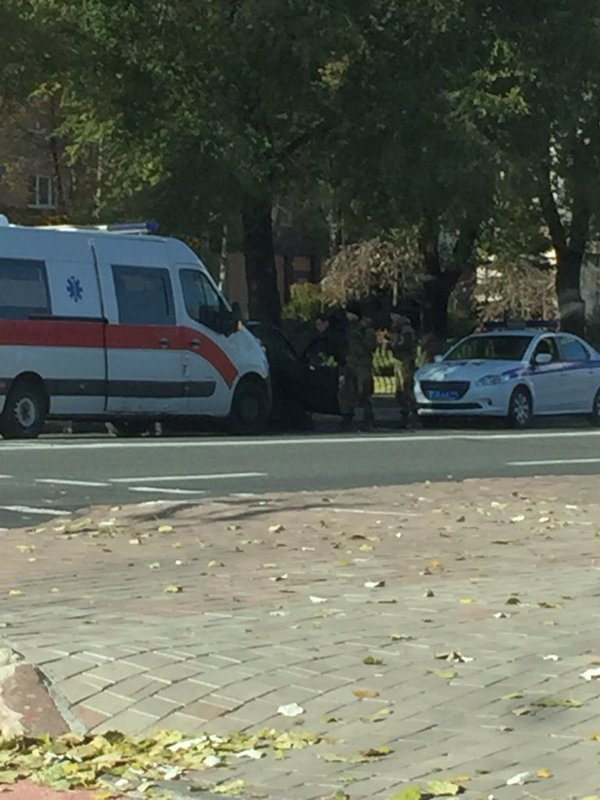 В Донецке пьяные боевики на пешеходном переходе сбили девушку (ФОТО) (фото) - фото 3