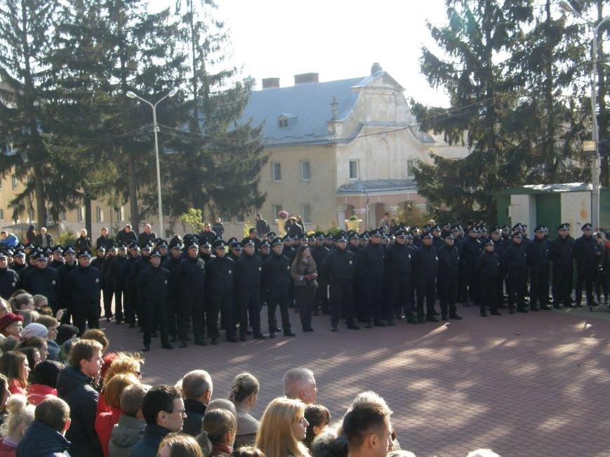 У Львові ще 122 поліцейських присягнули на вірність українському народові (ФОТО+ВІДЕО), фото-9
