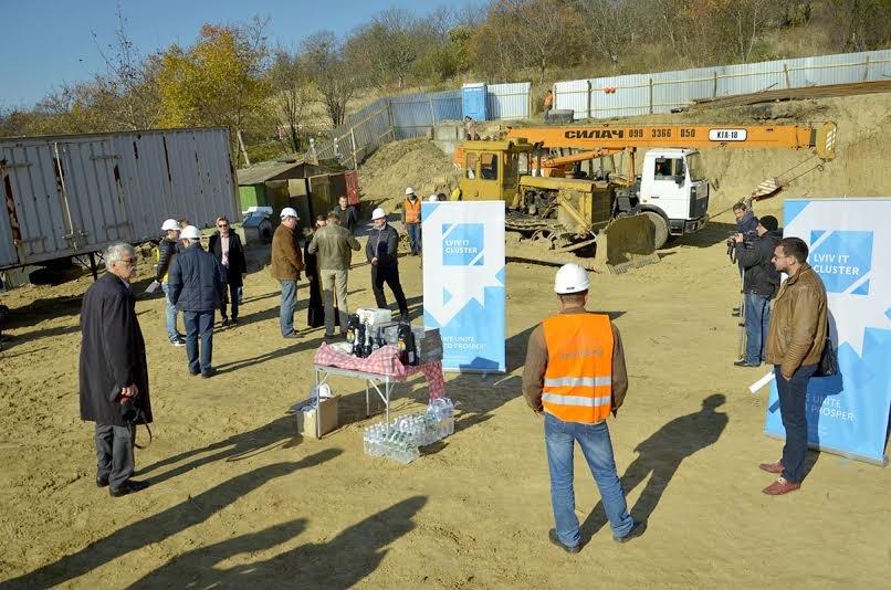 У Львові почали зводити багатоповерхівку для ІТ-шників (ФОТО) (фото) - фото 1