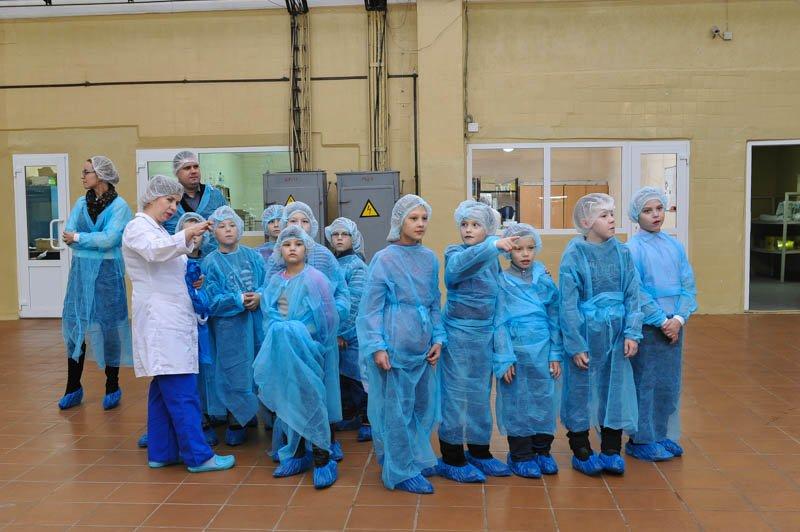 Сыктывкарский молочный завод устроил познавательную экскурсию для школьников, фото-1