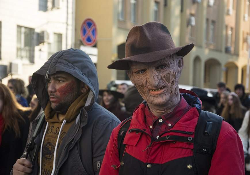 В Киеве прошел зомби-марш (ФОТОРЕПОРТАЖ) (фото) - фото 5