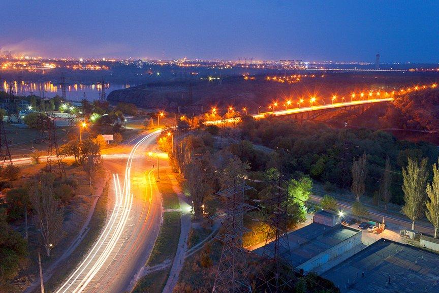 ФОТОПРОЕКТ: огни ночного Запорожья с крыш домов (фото) - фото 7