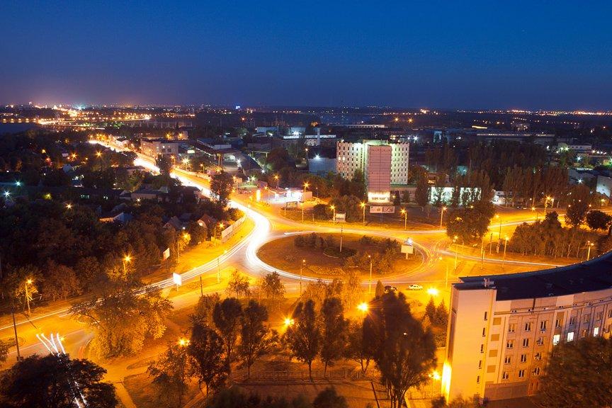 ФОТОПРОЕКТ: огни ночного Запорожья с крыш домов (фото) - фото 10
