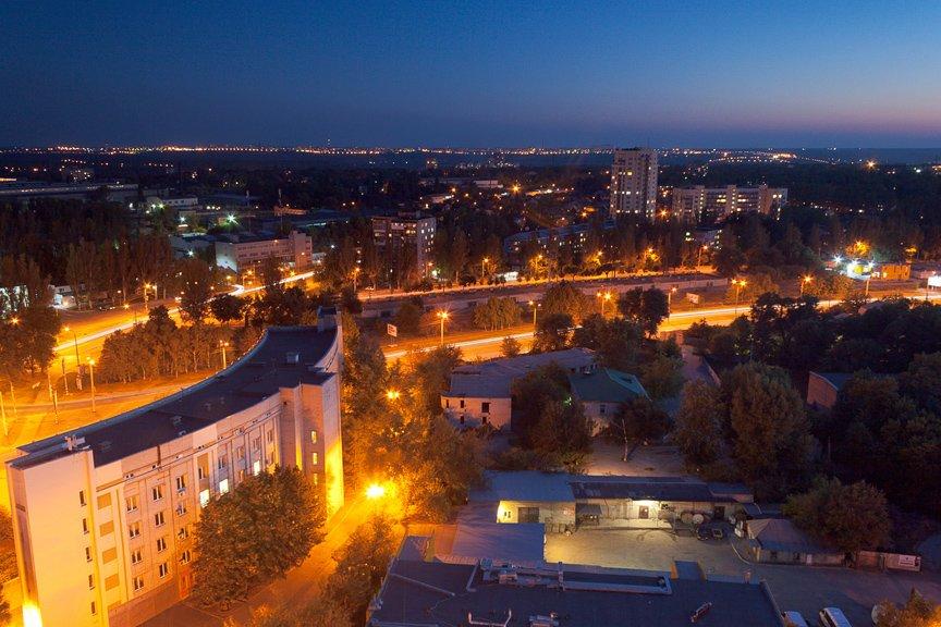 ФОТОПРОЕКТ: огни ночного Запорожья с крыш домов (фото) - фото 11