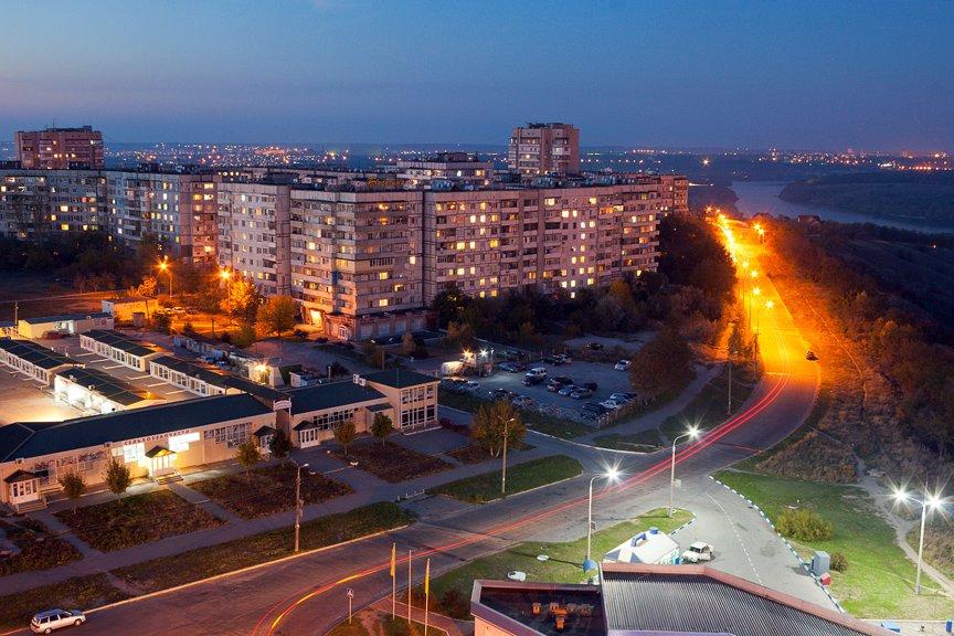 ФОТОПРОЕКТ: огни ночного Запорожья с крыш домов (фото) - фото 4
