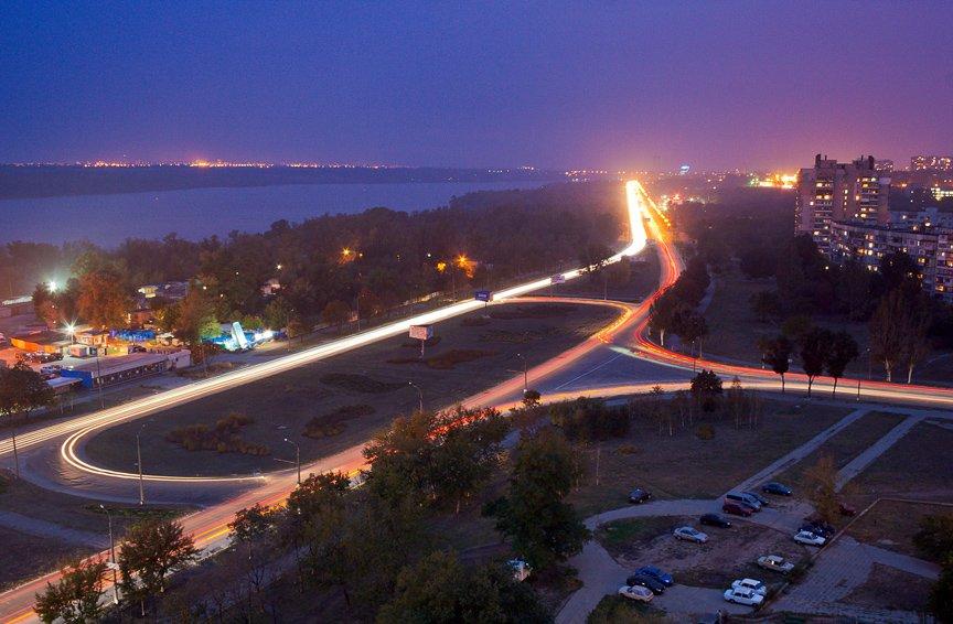 ФОТОПРОЕКТ: огни ночного Запорожья с крыш домов (фото) - фото 8