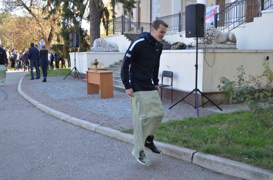 Крымчане поддержали Аксенова, проигнорировав праздник «Хэллоуин» (ФОТО), фото-3