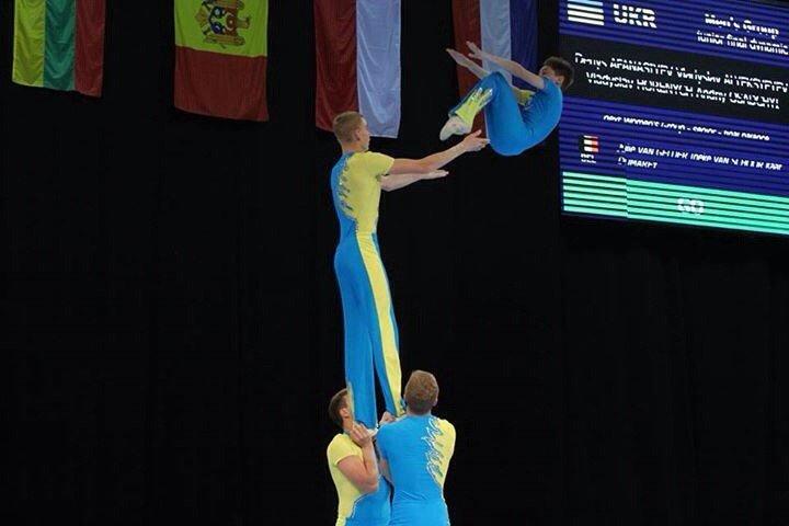 Днепродзержинцы вернулись с золотом с Чемпионата Украины по спортивной акробатике (фото) - фото 1