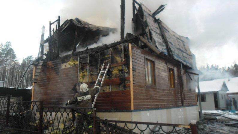 пожар в саду Аметист_31.10-01