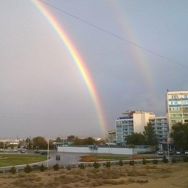 Ближе к вечеру 2 ноября над Актау поднялась двойная радуга (фото) (фото) - фото 2