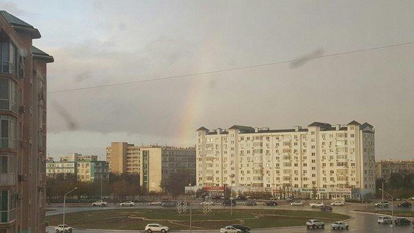Ближе к вечеру 2 ноября над Актау поднялась двойная радуга (фото) (фото) - фото 5