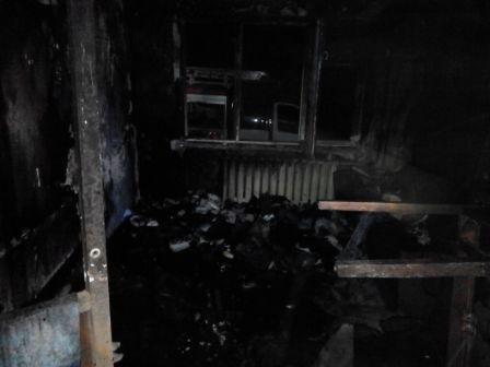 В Днепродзержинске при пожаре на Димитрова спасли 90-летнюю пенсионерку (фото) - фото 1