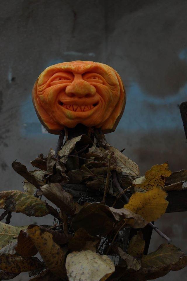 Праздник тыкв: Одесский художник создает страшные рожи на Хэллоуин (ФОТО) (фото) - фото 1