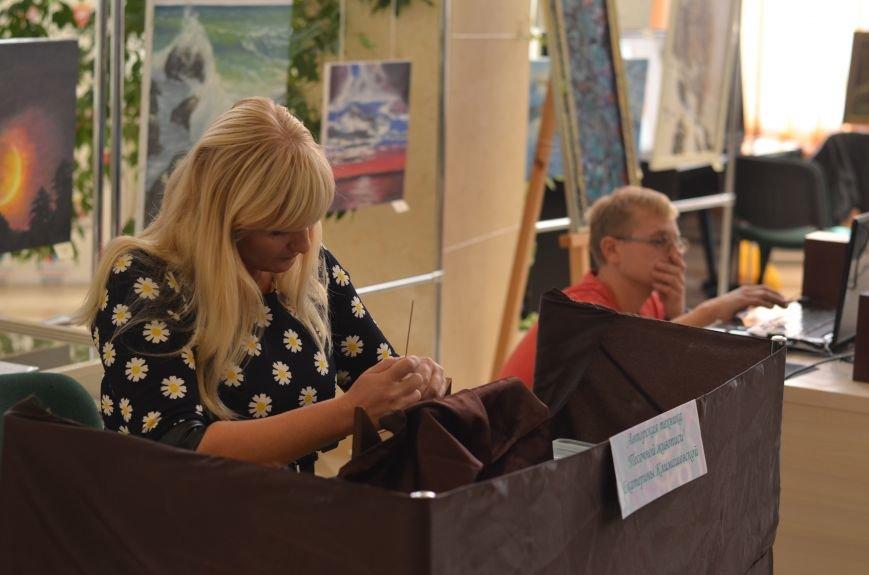 В Симферополе открылась выставка «Песочной живописи» (ФОТО), фото-2