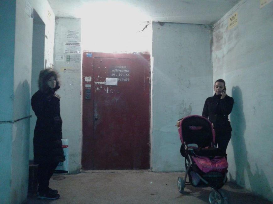 В Мариуполе массово отключают лифты - предприятия требуют поднять тариф, фото-2