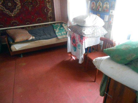 На Харьковщине мужчина убил свою пожилую мать и заснул в той же комнате (ФОТО) (фото) - фото 2