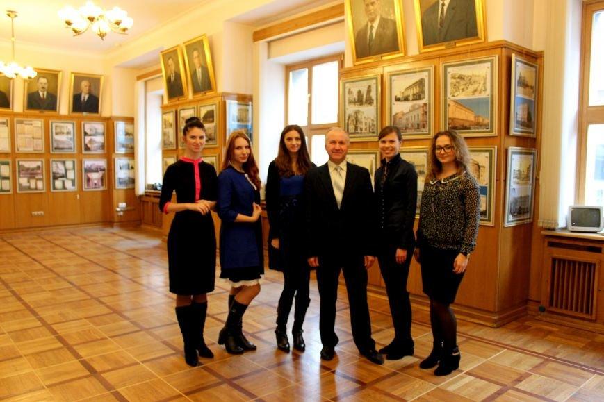 Херсонские студенты в Кабинете Министров, фото-1