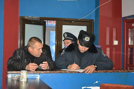В Николаеве владельцы игорного заведения, плевав на милицию, открыли его уже 5 раз (ФОТО) (фото) - фото 2