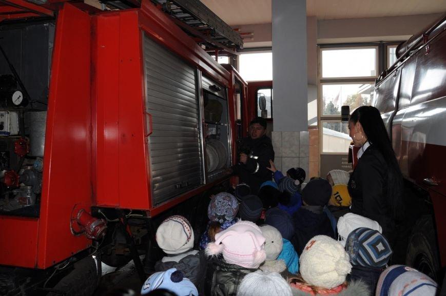 Кіровоград: до пожежно-технічної виставки музею завітали вихованці дитячого садочка «Супутник» (ФОТО), фото-3