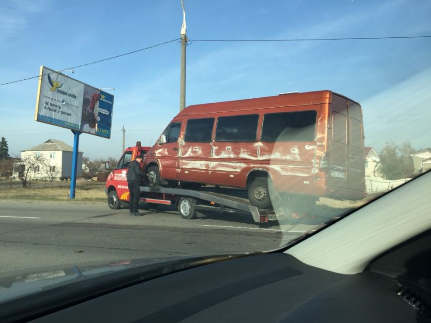 Под Житомиром иномарка врезалась в автобус с пассажирами (ФОТО), фото-4
