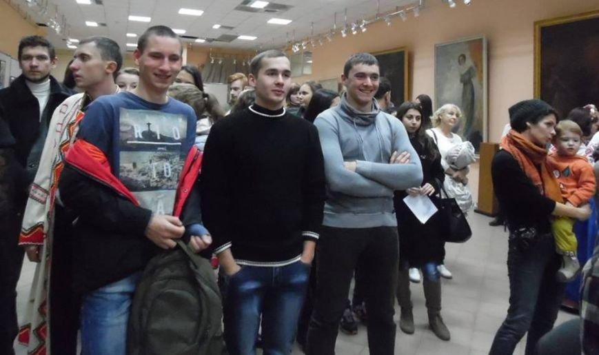 Бердянский художественный музей стал местом великолепного концерта (фото) - фото 4