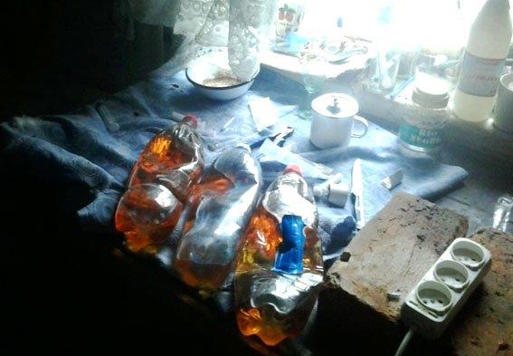 На Полтавщині у чоловіка вилучили «запаси» наркотиків (ФОТО) (фото) - фото 2