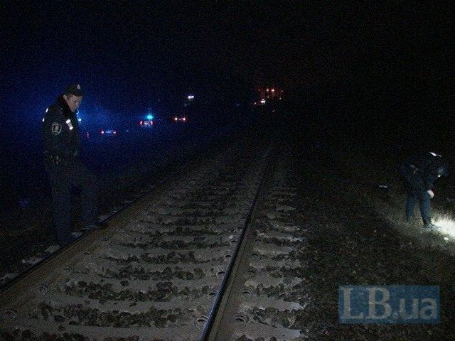 Под Киевом поезд насмерть сбил мужчину (ФОТО, ВИДЕО) (фото) - фото 3
