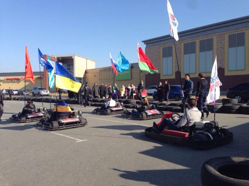 В «День народного единства» общины Крыма соревновались на картингах, фото-2