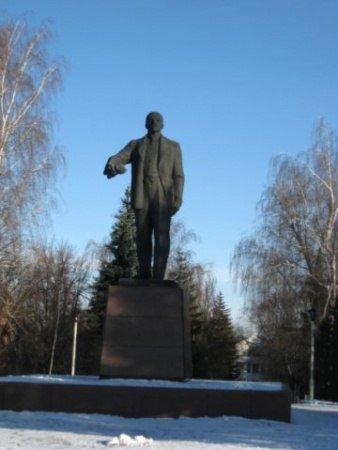 Очередной Ленин «покинул» свой постамент (ФОТО) (фото) - фото 1