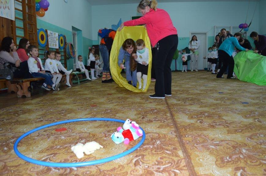 У Житомирі малеча змагалась у спортивних розвагах «Маленькі рятівники», фото-8