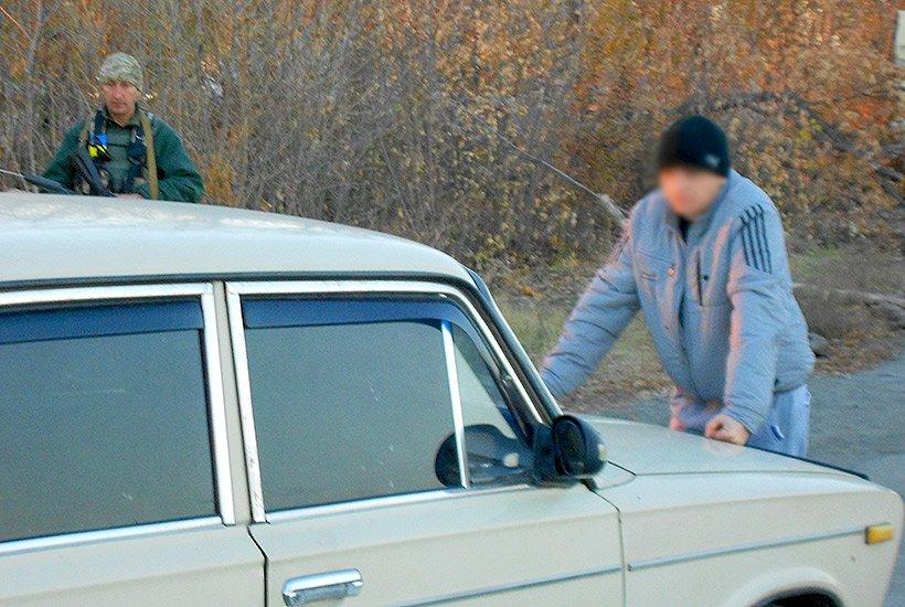 Харьковские нацгвардейцы задержали в зоне АТО изменника Родины (ФОТО), фото-2