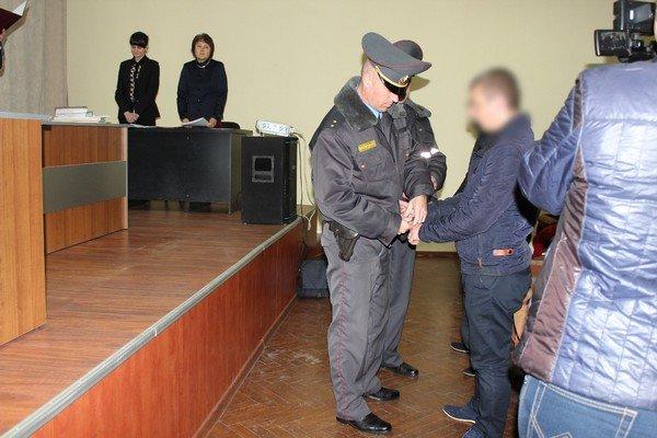 В Гродно за неоднократное вождение в пьяном виде суд приговорил гродненца к 5 годам колонии (фото) - фото 4